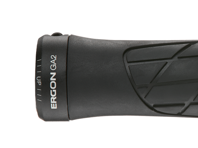 Ergon GA2 grip with internal aluminium clamp.
