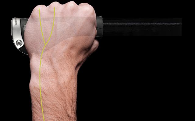 Kaum belastete Nervenbahnen sind auf einer Hand schematisch in grün hervorgehoben.